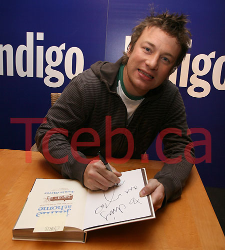 081113 Jamie Oliver JW005