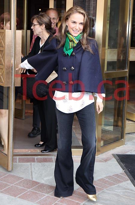 090916 Natalie Portman JW002