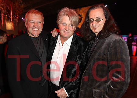 Geddy Lee's Wife http://tceb.typepad.com/tceb_torontos_celebrity_a/parties/
