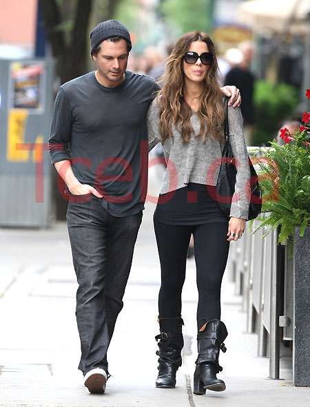 110611 Beckinsale and Wiseman EXCL JW024