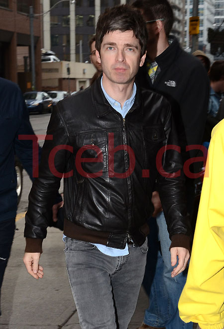111108 Noel Gallagher JW 001