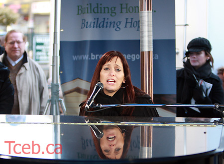 080326_chantal_kreviazuk_jw003