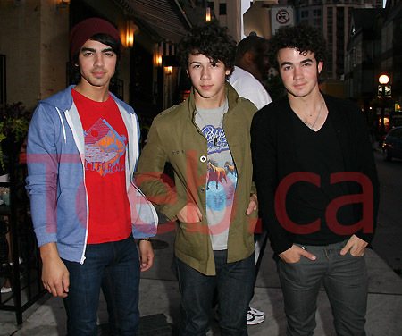 080629_jonas_brothers_excl_jw002